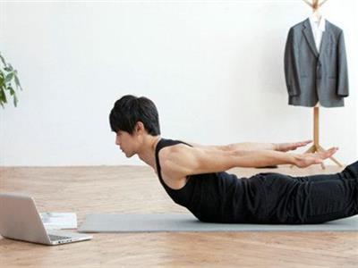 练出背部肌肉的健身计划
