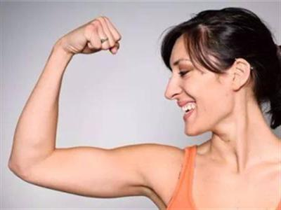 瘦手臂将赘肉变肌肉的锻炼计划