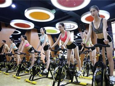 新手健身房一周健身计划