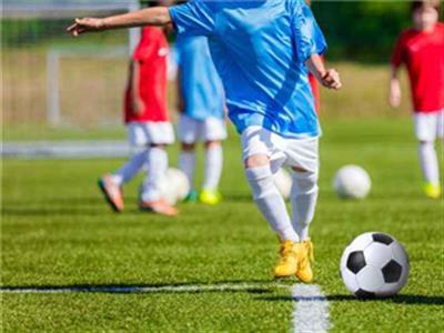 足球爱好者常用的训练方法