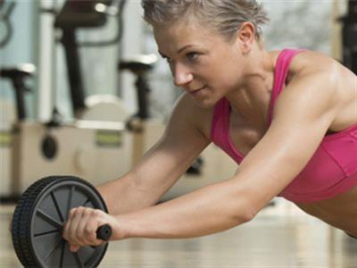 胸背肌锻炼动作详解