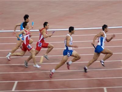 专业田径运动员增强力量的锻炼计划