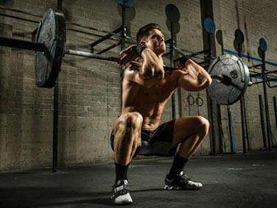 大重量增大肌肉块的杠铃深蹲健身计划