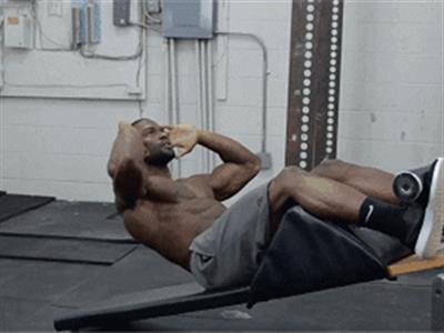 腹部减脂增肌训练计划