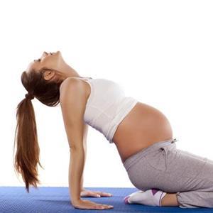 孕妇瑜伽的好处及注意事项