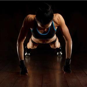 健身知识图片:8个可以锻炼全身的徒手健身动作