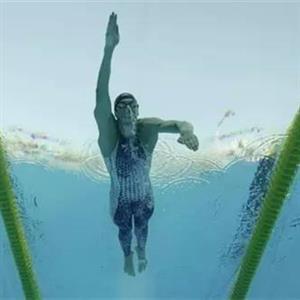 提高游泳速度的经验技巧