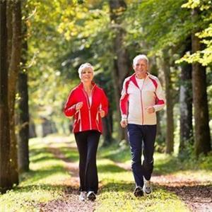 通过走路锻炼身体的正确方式