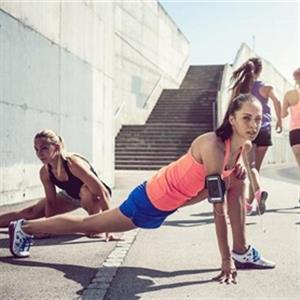 适合健身新手的四个徒手健身动作