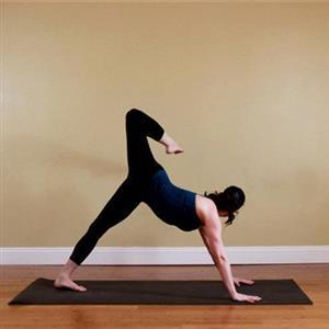 适合家庭健身的五组瑜伽体式