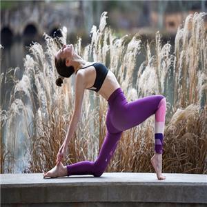 适合冬季锻炼的瑜伽体式大全