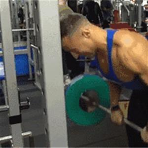 十大健身必练动作分享