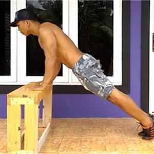 五种适合健身新手的俯卧撑锻炼动作