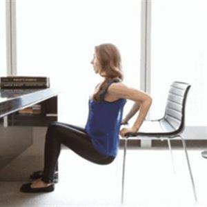 坐着就能锻炼全身的方法