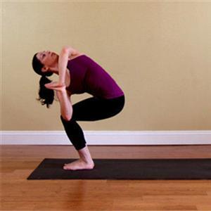 练习瑜伽时遇到这些疼痛要尽快退出体式